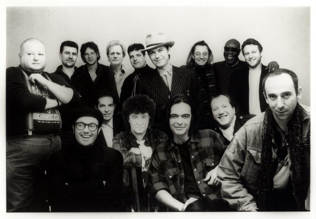 Manu période FNAC Musique avec Nino à gauche et le regretté Marc Morgan au premier plan gauche
