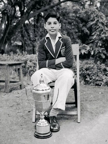 Freddie Mercury jeune