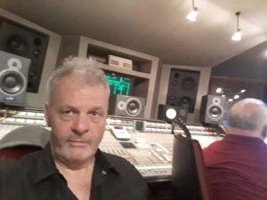 Frank Darcel en studio à Bruxelles