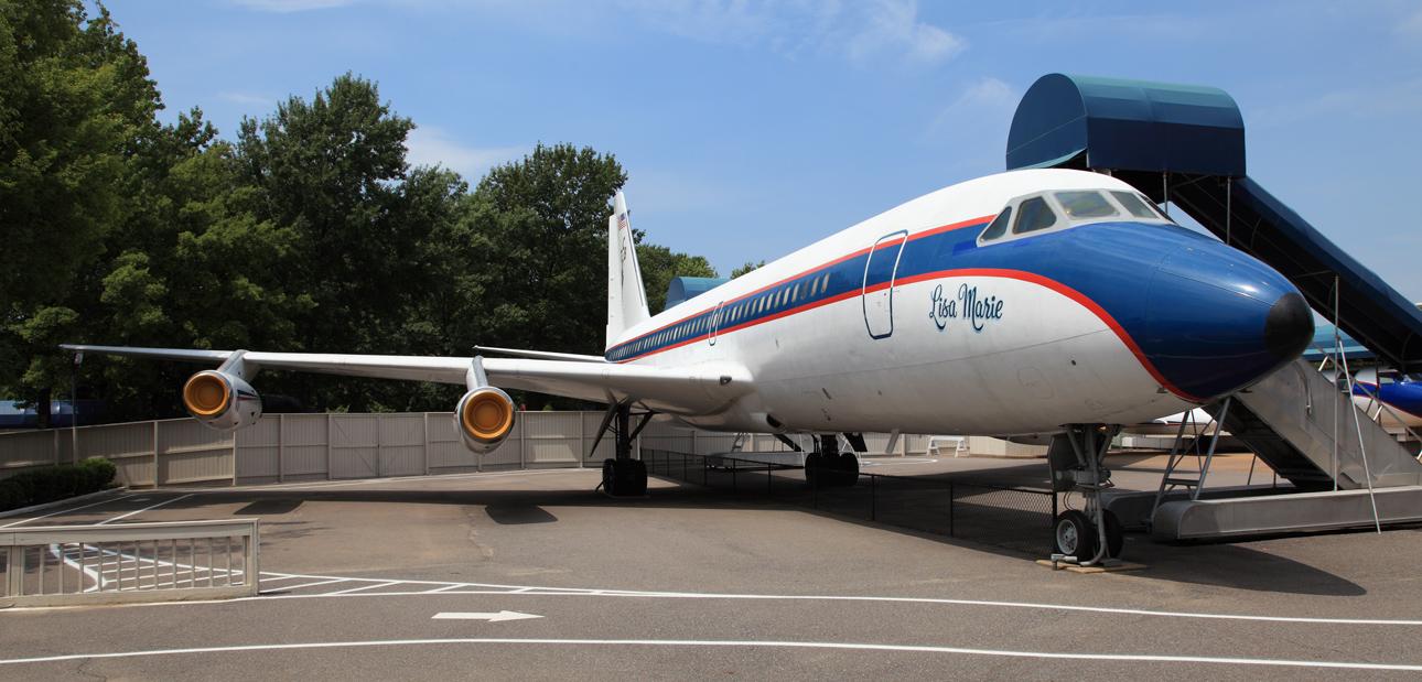 Elvis-plane-Lisa-Marie