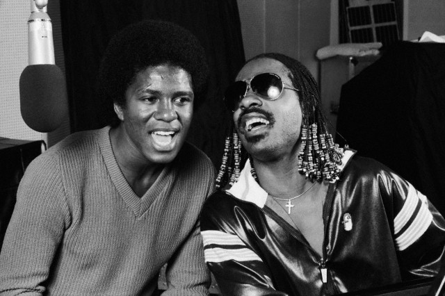 Jermaine Jackson and Stevie Wonder Singing