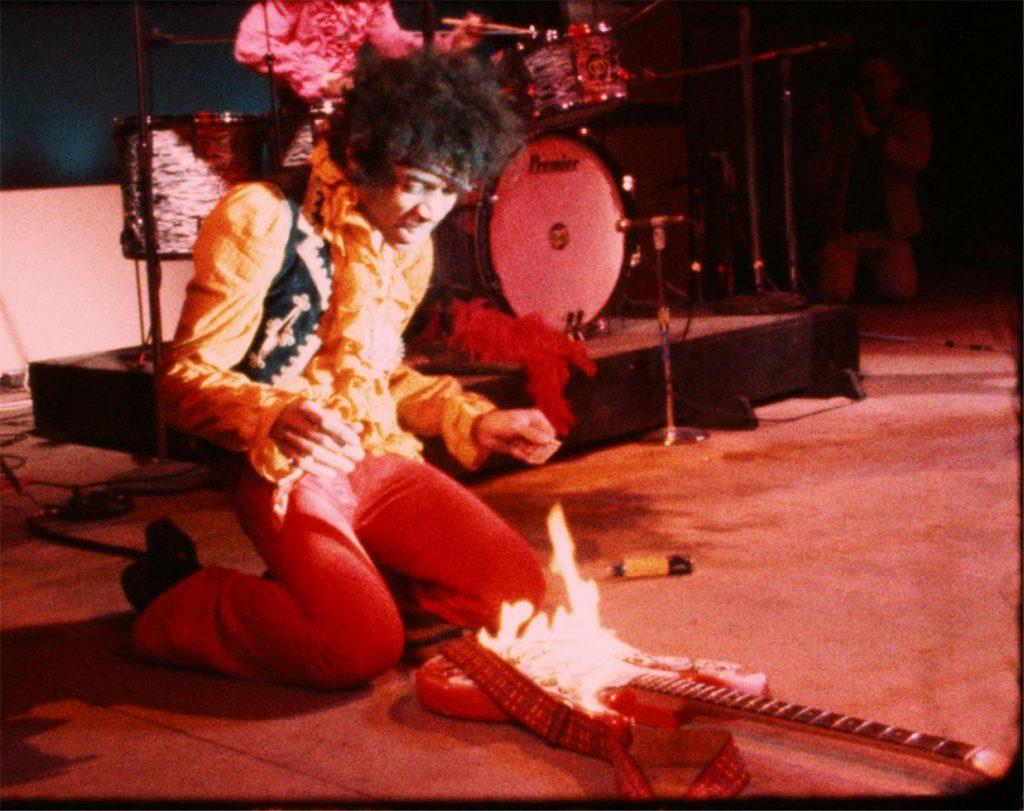 Jimi_Hendrix_Fire_l