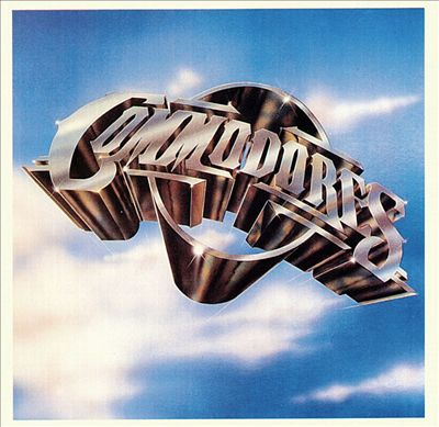 the-commodores-logo