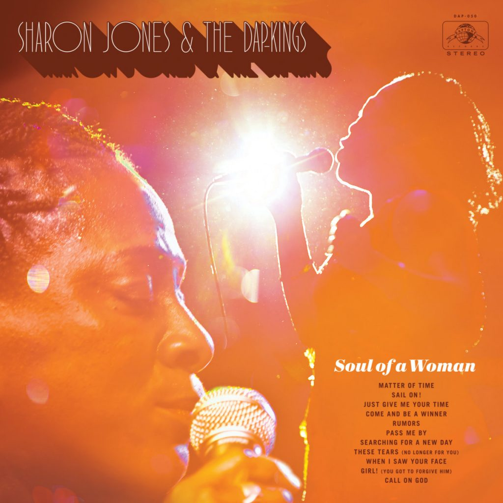 2 SHARON JONES AND THE DAP KINGS « Soul of a Woman »