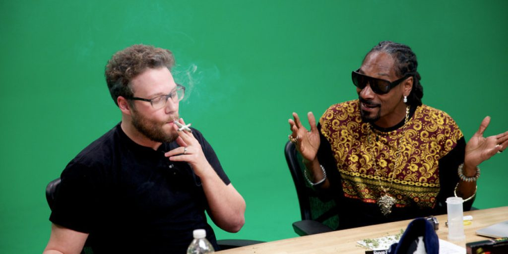 o-SETH-ROGEN-SNOOP-DOGG-CROSS-JOINT-facebook